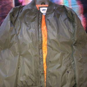 Bomber/puffy jacket
